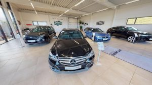 Schöner Mercedes Benz in schwarz im Autohaus Fortmüller virtueller Rundgang